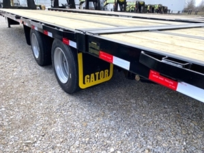 Air Ride Gooseneck Trailer With Hydraulic Dovetail