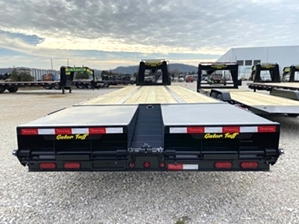 Air Ride Gooseneck Trailer With Triple Axles