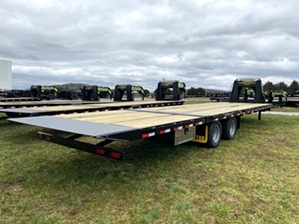 Air Ride Trailer Elite Gooseneck Air Ride Trailer Elite Gooseneck. This 25+10 trailer features 10k dexter axles, and a hydraulic dovetail 10ft in length.