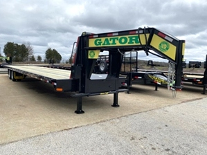 Air Ride Trailer with Hydraulic Jacks  Air Ride Trailer with Hydraulic Jacks. with big ramp system